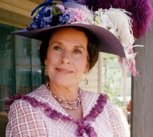 Actress Katherine MacGregor Died at 93